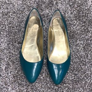 Blueish green flats. Good condition.